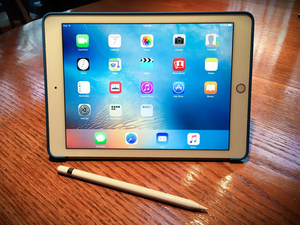 2016-04-07-iPad-Pro